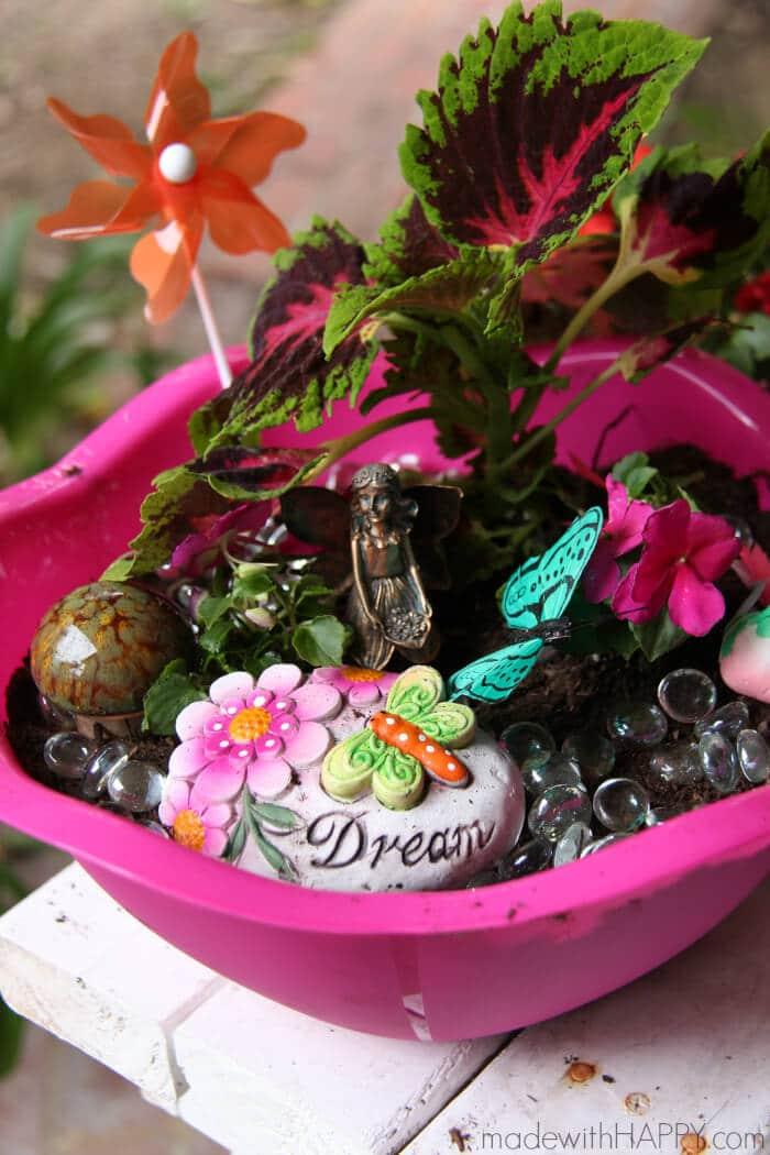 How to make a Fairy Garden | Fairy Garden Tutorial | Dollar Store Fairy Garden | Summer Activities for Kids | Spring Gardening with Kids | www.madewithHAPPY.com