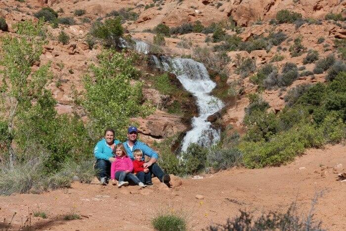 faux-falls-moab-family-2