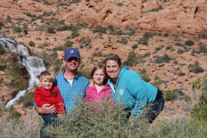 faux-falls-moab-family