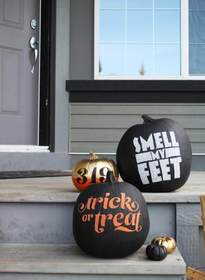 More Painted Pumpkins - Fare Goods | 15 DIY Fall Crafts | www.madewithHAPPY.com