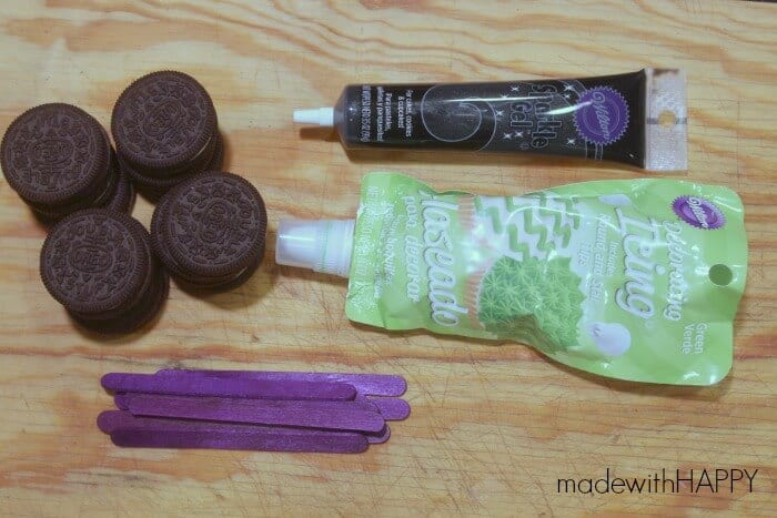 frankenstien-oreo-pops-supplies