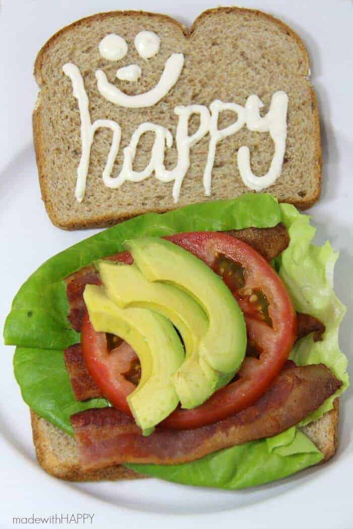 Classic HAPPY BLTA Sandwich Recipe | Bacon, Lettuce, Tomato and Avacado | Classic Sandwiches | #SqueezeMoreOut AD | www.madewithHAPPY.com