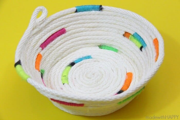 How to make a no-sew rope bowl   Rope Crafting   www.madewithHAPPY.com