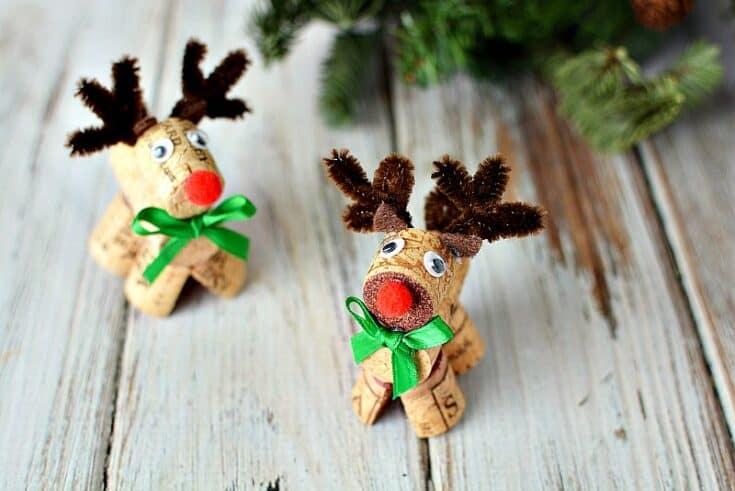 How to Make Adorable Wine Cork Reindeer
