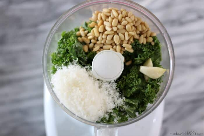 Simple Kale Pesto | Easy Meatless Monday Meal | Easy Kale Pesto | www.madewithHAPPY.com