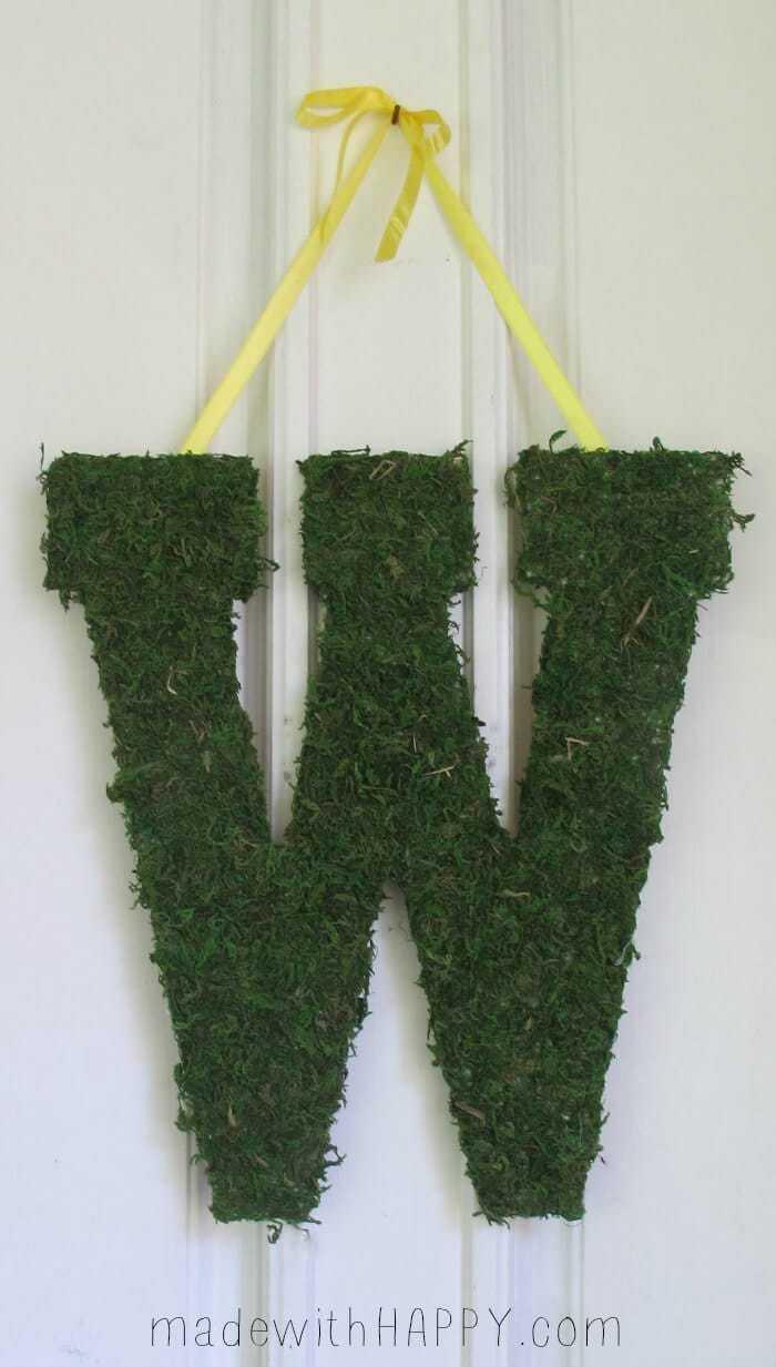 Monogrammed Door Hang - Moss Covered Monogrammed Door Hang - www.madewithHAPPY.com