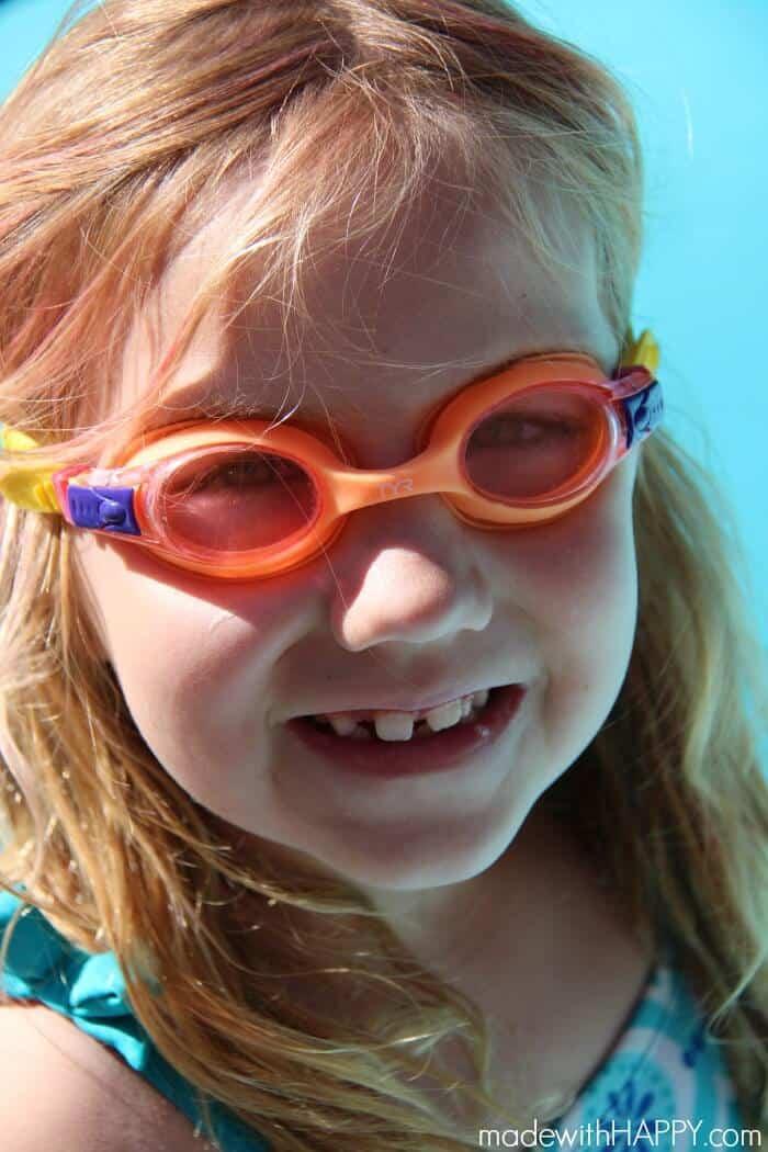 mwh-girl-swimming-fun
