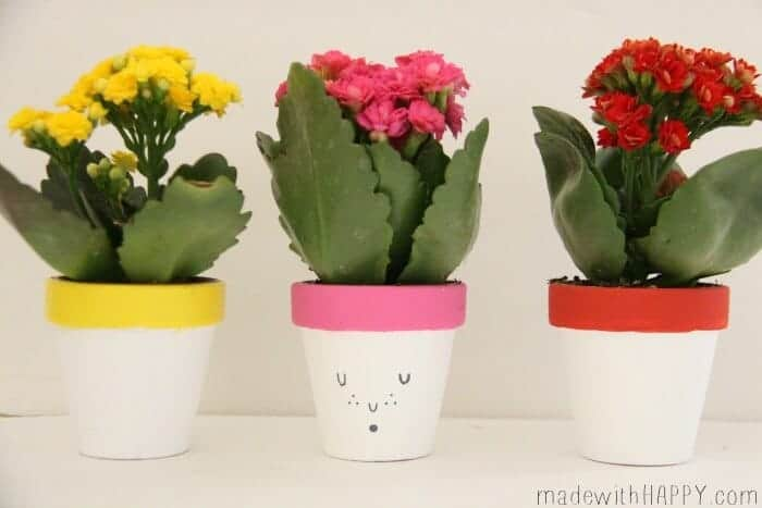 Dollar Store Easter Centerpiece | Painted Terracotta Pots | Colorful Spring Flower Pots | www.madewithHAPPY.com