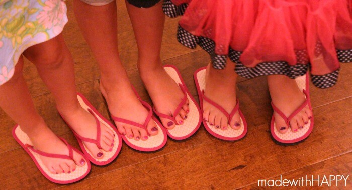painted-toes-slumber-party