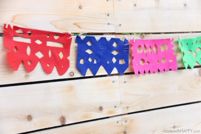 DIY Papel Picado | Felt Papel Picado | DIY Mexican Cutout Banner | Cinco De Mayo Decorations | Fiesta Decorations | Homemade Party Decorations Mexican Fiesta | www.madewithhappy.com