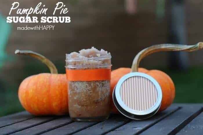 Pumpkin Pie Sugar Scrub. Fall Gift Idea. Pumpkin Spice scented gift. Sugar scrub perfect for the FALL>