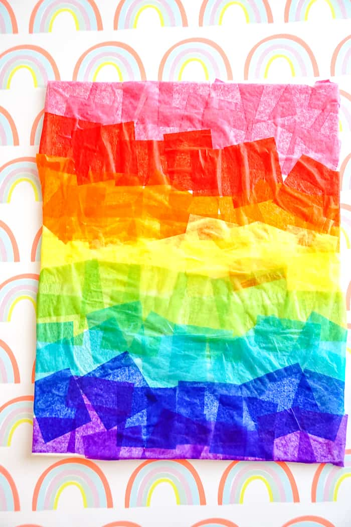 Rainbow Crafts for preschoolers. Simple rainbow crafts for kindergartners, rainbow crafts for preschoolers or even lower grade elementary school kids. St. Patrick's Day crafts for kids.