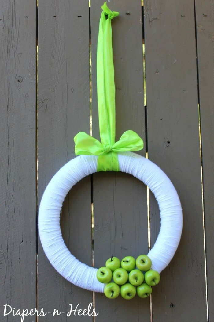 Spring Wreath - Green Apple Wreath - St. Patricks Day - Spring Decor - www.madewithHAPPY.com