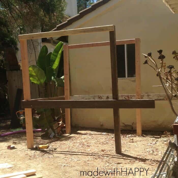 treehouse-base