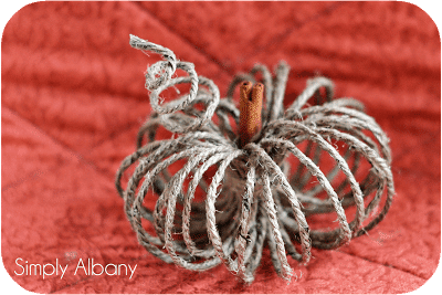 Twine Pumpkins - Simply Albany | 15 DIY Fall Crafts | www.madewithHAPPY.com